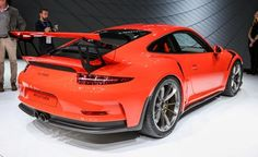 Porsche, whose estimates are generally on the conservative side, pegs the 911 GT3 RS's zero-to-60-mph time at 3.1 seconds and its zero-to-124-mph run at ...