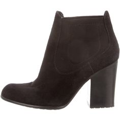 Pre-owned Stuart Weitzman Ankle Boots ($95) ❤ liked on Polyvore featuring shoes, boots, ankle booties, black, black boots, suede booties, black bootie, ankle boots and black booties