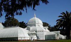 San Francisco Conservatory of Flowers-side