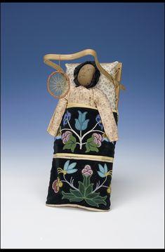Doll with Cradle/Cradleboard - Chippewa/Ojibwe - ca. 1910 Doll with Cradle/Cradleboard - Chippewa/Ojibwe - ca. 1910 Doll with Cradle/Cradleboard - Chippewa/Ojibwe - ca. 1910 Doll with Cradle/Cradleboard - Chippewa/Ojibwe - ca. Native American Dolls, Native American Artwork, Native American Artifacts, American Indian Art, Native American History, Native American Fashion, Native American Indians, Native Americans, Native Beadwork