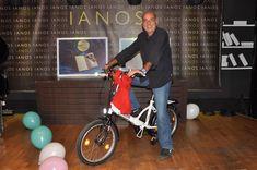 Με ένα πάρτι έκπληξη για τον ιδρυτή του ΙΑΝΟΥ, Νίκο Καρατζά, γιορτάστηκαν τα 35 χρόνια έντονης παρουσίας των βιβλιοπωλείων στα ελληνικά Γράμματα και τις Τέχνες. Gym Equipment, Exercise Equipment, Training Equipment