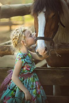 sayo on imgfave Animals For Kids, Baby Animals, Cute Animals, All The Pretty Horses, Beautiful Horses, Precious Children, Beautiful Children, Horse Girl Photography, Horse Therapy