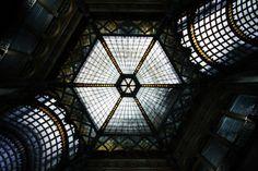 A Párizsi udvar kupolája