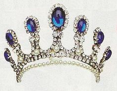 Thurn and Taxis Sapphire Tiara......before they had to auction everything cuz of bad debts.