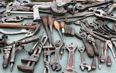 14 Tools Every Entrepreneur Needs to Manage Social Media Source by factualmx Online Marketing Strategies, Marketing Tools, Content Marketing, Internet Marketing, Social Media Marketing, Digital Marketing, Content Analysis, Modern Tools, Free Followers