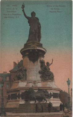 This vintage postcard of the Statue of the Republic in Paris is absolutely stunning. #paris #france #vintagepostcards #postcards