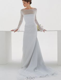 For an elegantly modern yet romantic bride