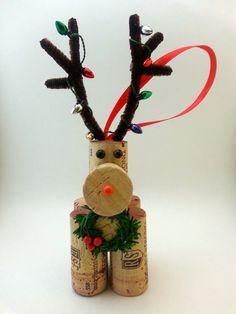 A wine cork reindeer is the perfect Christmas ornament for the wine connoisseur in your life! This listing is for a SINGLE hand crafted wine