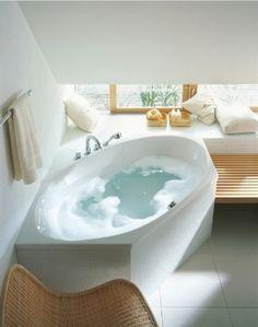Badezimmer mit Eckbadewanne / vllt was für unser Haus