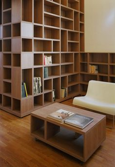 Love this built-in bookshelf!