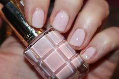l'oreal-paris-color-riche-l'huile-nail-varnish-swatch-220-dimanche-apres-midi