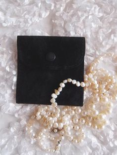 White Velvet Gift Pouches Wedding Favour Bags Jewellery Pouch In 3 Sizes