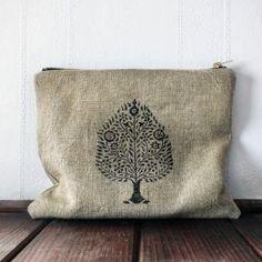 Etui kosmetyczka drzewo Bodhi Bodhi Tree, Burlap, Lens, Reusable Tote Bags, Throw Pillows, Pouches, Fig, Organic, Vegan