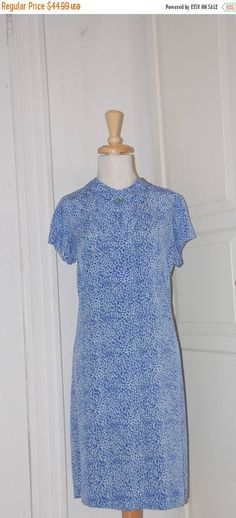 ON SALE 50s 60s Shift Dress Blue and White Starry Night