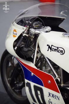 Long and Winding Road Norton Bike, Norton Cafe Racer, Norton Motorcycle, Motorcycle Style, Motorcycle Posters, Vintage Bikes, Vintage Motorcycles, Norton Commando, Racing Motorcycles