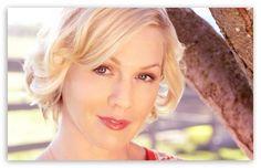 Jennie Garth HD desktop wallpaper : High Definition : Fullscreen : Mobile