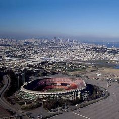 New streets to be named for Giants Hall of Famers Shea Stadium, Yankee Stadium, San Francisco California, San Francisco Giants, Giants Baseball, Nfl Football, Candlestick Park, Stadium Tour, Baseball Equipment