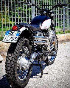 Countryside or city? Moto Guzzi Nevada 750 #Scrambler by MotoDoc Classic. Muy bonita esta #MotoGuzzi que viene desde Italia para ofrecerte una moto campera | caferacerpasion.com