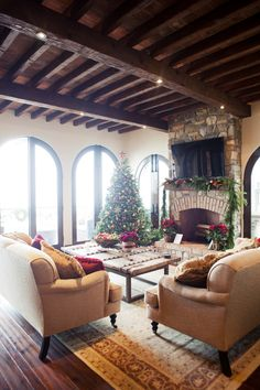 perfect brick and wood interior for the holidays! cozy woodsy Christmas tree red merrychristmas