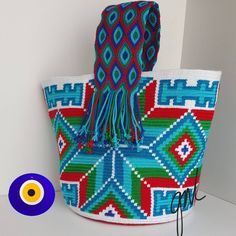 Tapestry Bag, Tapestry Crochet, Crochet Handbags, Crochet Purses, Peyote Stitch Patterns, Crochet Patterns, Hello Kitty Crochet, Mochila Crochet, Boho Bags