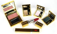 #7 Elizabeth Arden Top 10 Most Expensive Cosmetic Brands in the World via perilouslypale.com