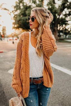 Khaki Chunky Wide Long Sleeve Knit Cardigan - - guide and tips for wearing fall outfits Source by Cardigan En Maille, Chunky Knit Cardigan, Sweater Cardigan, Mustard Sweater Outfit, Long Cardigan, Chunky Sweaters, Chunky Sweater Outfit, Knit Cardigan Pattern, Chunky Knits