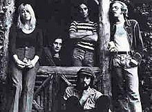 1973 Lineup, consisting of Christine McVie, Mick Fleetwood, Bob Weston, John McVie, and Bob Welch.