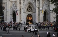 Pope Francis in NYC Sep'15 - St Patrick's Cathedral