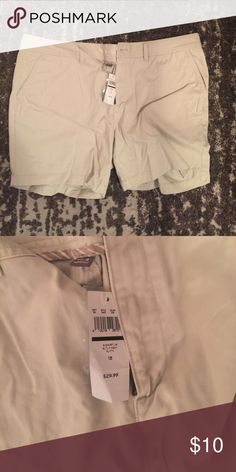 Eddie Bauer shorts Size 18! Fingertip length! New with tags! Eddie Bauer Shorts