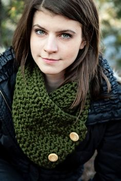 PDF Quick and Easy CROCHET PATTERN for the Wisconsin Button Scarf Simple to follow Crochet Scarf Pattern on Etsy, $4.95