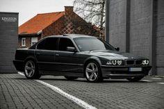 BMW E38 7 series grey