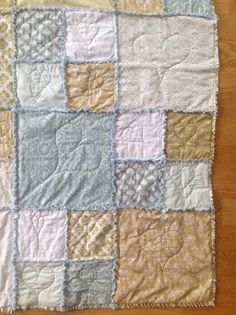 Babyteppe rufseteknikk Tildastoffer Tree Branches, Art Pieces, Quilts, Blanket, How To Make, Home, Artworks, Quilt Sets, Ad Home