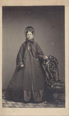 CIVIL WAR ERA LADY IN EXTREMELY LARGE DRESS   BONNET -PITTSBURGH, PA ORIGINAL