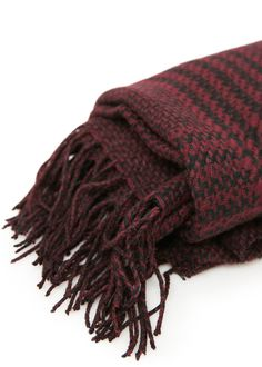 Houndstooth knit scarf
