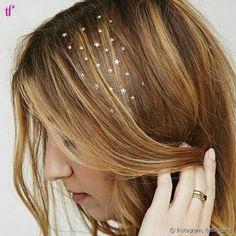 O visual é perfeito para adornar os cabelos em um festival de música
