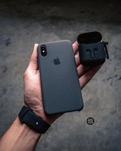 Apple Silicone Case (for iPhone Xs) - Black Apple Watch Iphone, Iphone 8 Plus, Iphone 11, Iphone Cases, Telephone Smartphone, Iphone Price, Accessoires Iphone, Coque Iphone 6, Black Apple