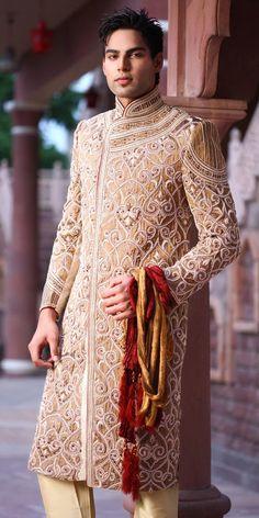 Wedding Sherwani For Groom Groom Wear, Groom Outfit, Groom Attire, Groom Dress, Sherwani Groom, Wedding Sherwani, Indian Men Fashion, Indian Bridal Fashion, Indian Attire