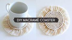 DIY Macramé Coaster - Free Online Videos Best Movies TV shows - Faceclips Macrame Cord, Macrame Knots, Crochet Diy, Macrame Plant Hangers, Diy Coasters, Macrame Projects, Macrame Patterns, Boho Diy, Craft Ideas