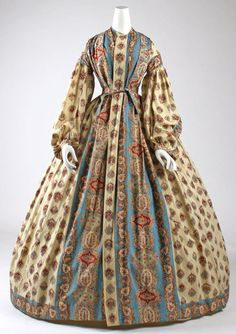 The wrapper was a 19th-century housedress, worn at home in the morning like a dressing-gown, to informally entertain close friends, or while pregnant or nursing. They usually buttoned all the way down the front. cotton  civil war era fashion