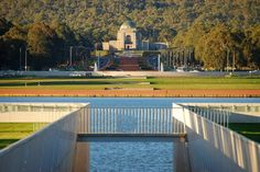 Australia's tourist landmark -- Australian War Memorial, Canberra. Dream Vacations, Vacation Trips, Travel Around The World, Around The Worlds, Beautiful Homes, Beautiful Places, Best Amusement Parks, Choice Hotels, Great Barrier Reef