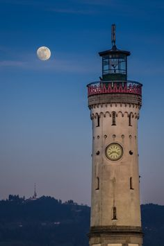 Lighthouse in Lindau, Germany by Jürgen Mecking on 500px