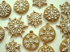 Christmas Sweets, Christmas Cooking, Christmas Gingerbread, Christmas Goodies, Gingerbread Cookies, Christmas Time, Gingerbread Ornaments, Gingerbread Houses, Polish Christmas
