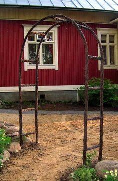 Risutyöt | Risulinnun pesässä Shed, Outdoor Structures, Gardening, Plants, Diy, Decor, Lawn And Garden, Dekoration, Decoration