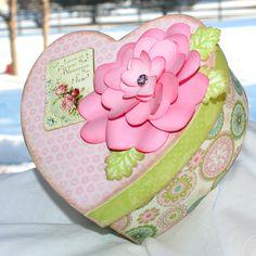 Flower tut with Heart Nesties
