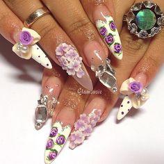 #nailart #nailswag #kawaii #japanesenailart Pretty as a picture #gyaru design with lilac and white blossoms and shattered glass bling finger ✨✨ #Padgram