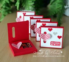 FREE tutorial chocolate box card with heart closure of card flap Valentinsgrüße, Stempelset Herzklopfen, Papier in Glutrot von Stampin Up