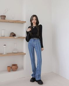 All Black Fashion, Striped Pants, Mom Jeans, Striped Tights