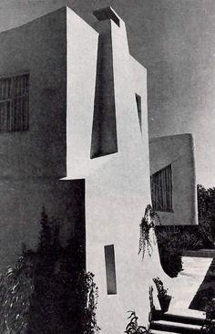 Juan Antonio Tonda: Detalle de la fachada, Casa en Picacho, Jardines del Pedregal, México DF, 1957