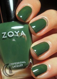 Nails Zoya Hunter
