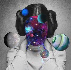 Danas je Mesec u izazovnim aspektima prema Saturnu, Marsu, Veneri, Neptunu čineći ga ranjivim i neprilagodljivim. Mesec predstavlja dušu čoveka i njegov način percepcije okruženja, a kako je danas taj Mesec u Devici, duša i percepcija su pod uticajem Merkura, dakle analitični i više intelek...